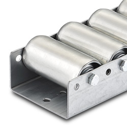 Conveyor rollers for pallet runners